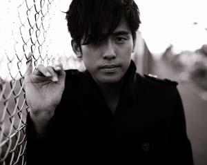 韓国歌手のKが兵役で活動休止(2010年9月21日)