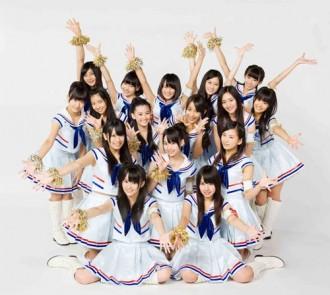 <写真>新曲で好発進したNMB48(2011年10月24日)