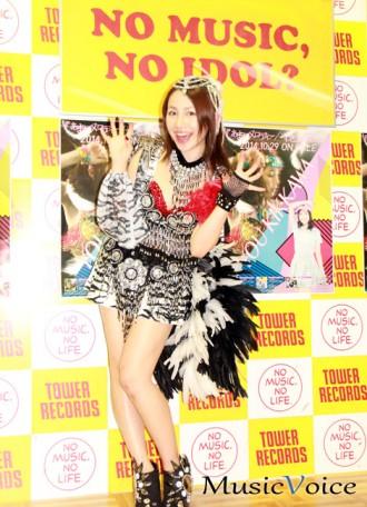 [写真]吉川友が新曲の発売記念イベント