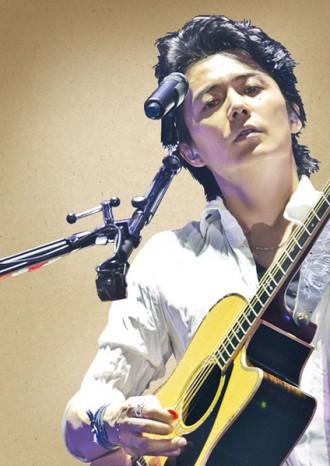 [写真]福山雅治の恒例年末ライブがツアースタイルに