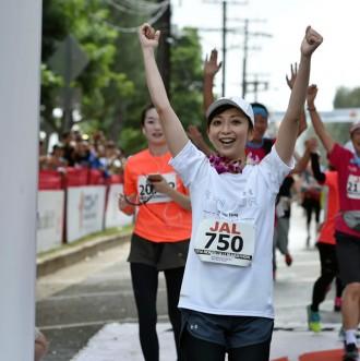 [写真]ELT持田香織ホノルルマラソン完走
