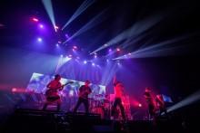 [写真]UVERworldが横アリで初の「男祭り」<1>