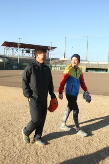 [写真]遊助と松坂投手がMV共演<1>