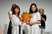[写真]E-girlsメンバーが石井杏奈の演技を絶賛