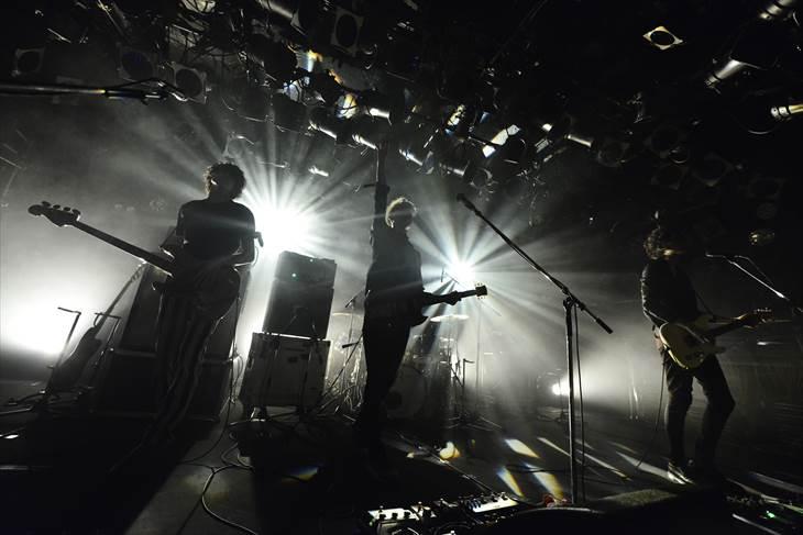 東名阪ツアー初日を渋谷CLUB QUATTROで飾ったLEGO BIG MORL