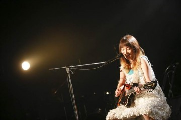 写真=安藤裕子5年振りライブハウス公演[2]