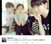 写真=さしこ&あっちゃん&鷲尾がヨガ