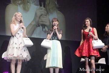 ミランダ・カーとE-girlsのAmiと藤井夏恋(1)