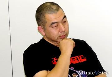鈴木研一(Vocal&Bass)