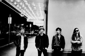 7月27日にニューアルバム『醒めない』をリリースするスピッツ