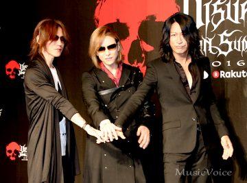 会見に出席した、左からSUGIZO、YOSHIKI、TAKURO(撮影・松尾模糊)