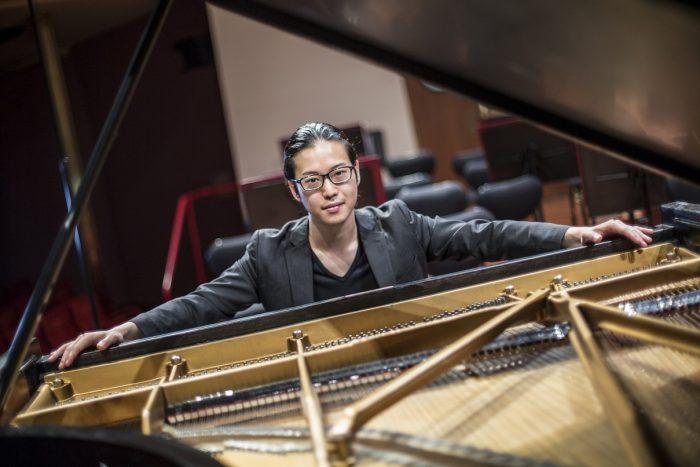 若き天才ピアニストの異名を持つ反田恭平。その注目度は日々増している(C)Andrea Monachello