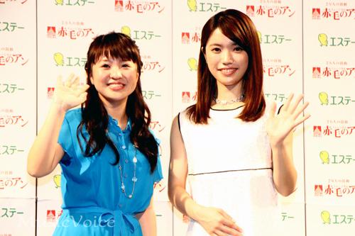 「赤毛のアン」制作記者発表会に出席したさくらまやと美山加恋