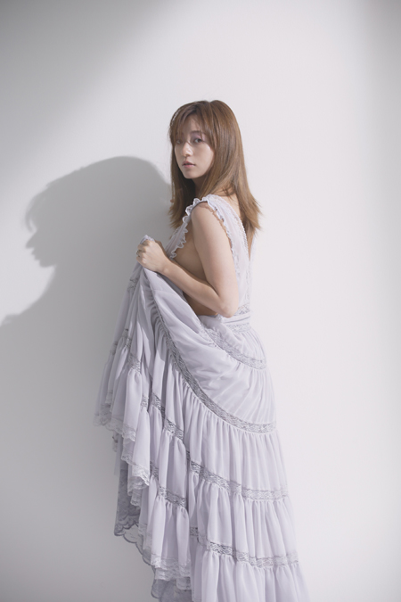 元AAA伊藤千晃の写真集、一部カット(写真提供=主婦と生活社)
