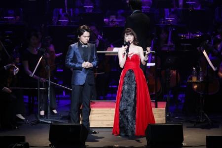 オリンピックコンサート2017で共演した新妻聖子と中川晃教