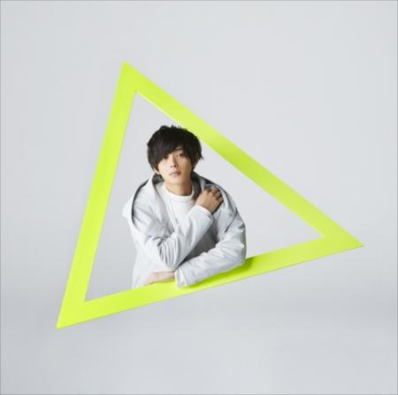 「NEW  WORLD」(初回盤)
