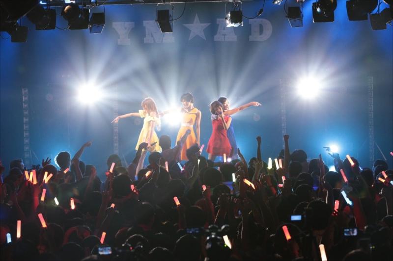 """全国ツアー『5th Anniversary Tour """"真夏の夜のYUME LAND""""』の東京公演(撮影=平野哲郎)"""