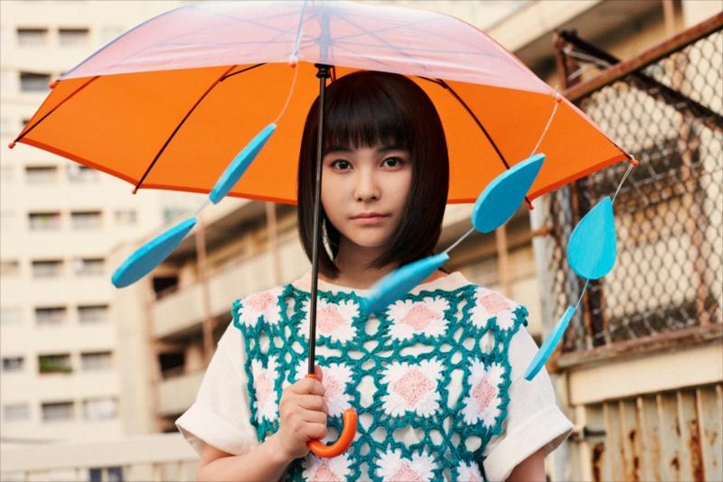 音楽事情、学業との両立など、アーティストとしてだけではない、10代の多感な様子を語る16歳の女子高生シンガーソングライター・坂口有望