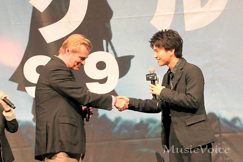 憧れのクリストファー・ノーラン監督と対面を果たした、岩田剛典