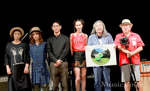 イベントに出席した、妻夫木聡、水原希子、PUFFYら