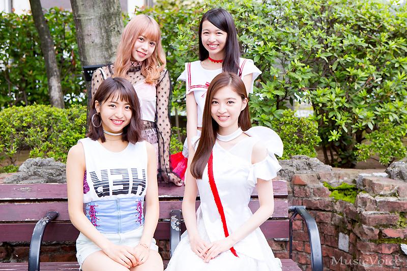 新作「Summer Glitter」で今までとは違う新しい一面を魅せた東京パフォーマンスドール(撮影=片山拓)