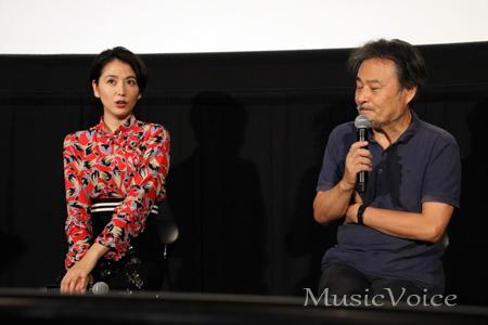 トークをおこなう長澤まさみと黒沢清監督