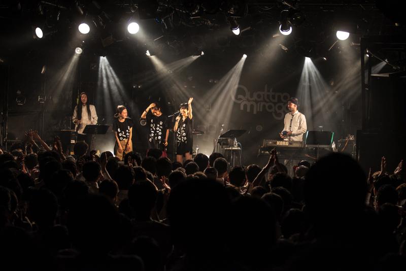 SalyuとNakamuraEmiが東名阪を回るツアーで競演(撮影=Yukari Morissie)