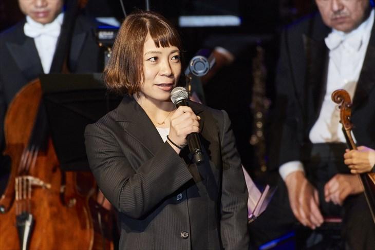 コンサートに出席したウェイトリフティングの三宅宏実選手(提供写真)