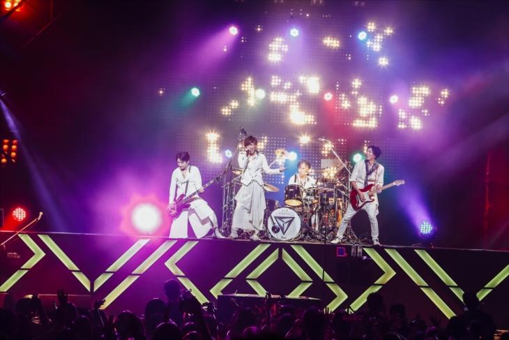 東京国際フォーラム ホールAで全国ホールツアー『SID TOUR 2017 「NOMAD」』東京公演を開催したシド