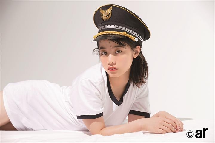 ファッション誌「ar」の表紙を飾った橋本環奈(提供・主婦と生活社)