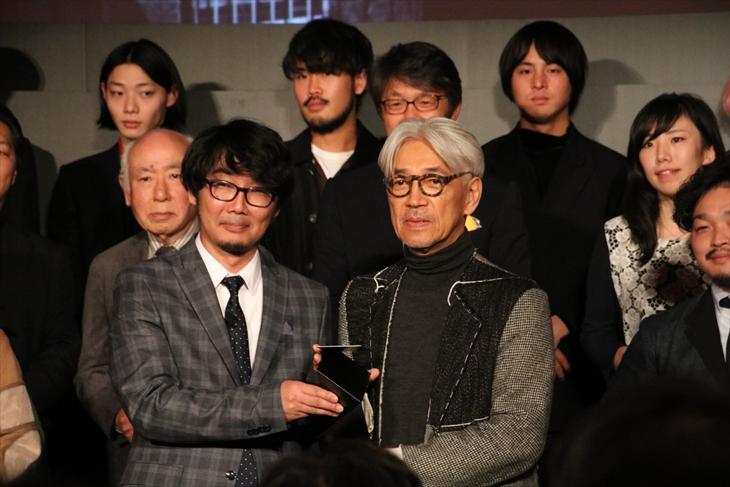 「WIRED Audi INNOVATION AWARD 2017」を受賞した坂本龍一