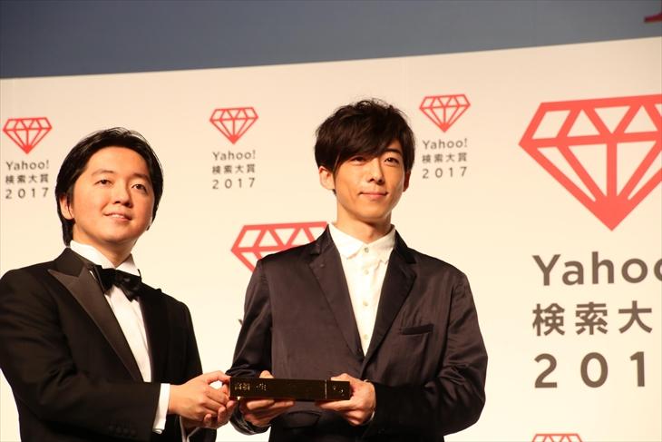 「俳優部門賞」を受賞した高橋一生
