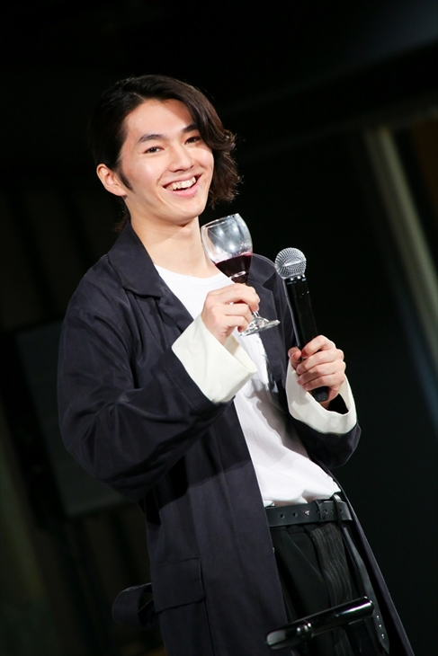 初ワインに挑戦した矢部昌暉(提供写真)