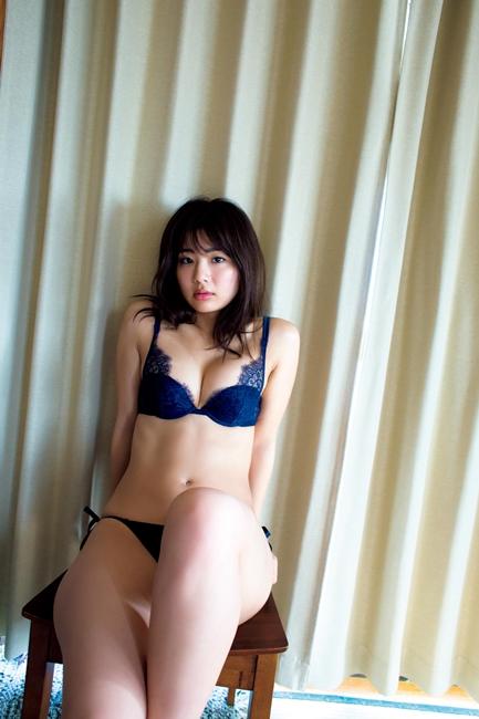 平嶋夏海、写真集「ナツミ感」(撮影=桑島智輝氏、28日発売、講談社)
