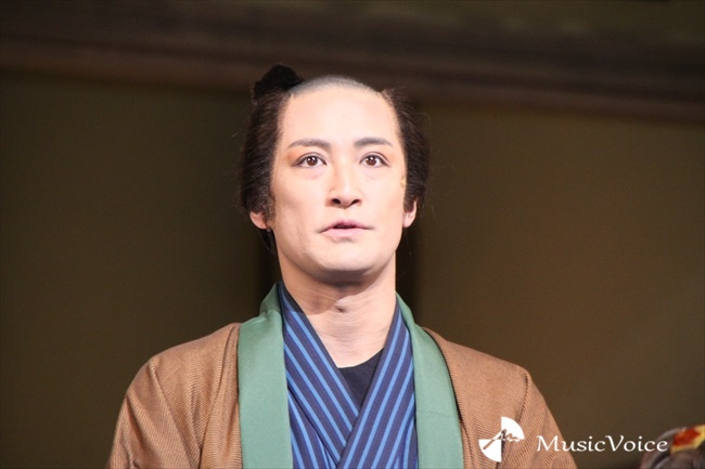 『江戸は燃えているか』の初日前会見に出席した松岡昌宏