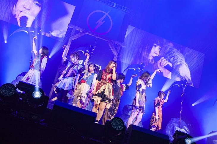 『BiS 2nd BEGiNNiNG TOUR FiNAL WHO KiLLED IDOL??』を開催したBiS(撮影=sotobayashi kenta)