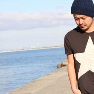 <写真>阪神西岡剛選手の登場曲を歌う強