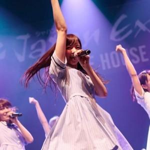 乃木坂46が仏パリで初の海外ライブ、現地ファンから喝采<3>