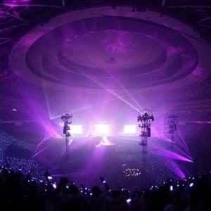 UVERworldが凱旋公演、初の京セラドームで4万人動員<3>