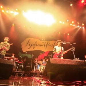 アジカンがフジファブリックと対バンツアーで共演<2>