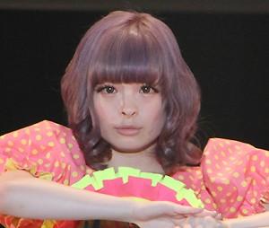【写真】きゃりーぱみゅぱみゅに二股報道(2014年10月10日)