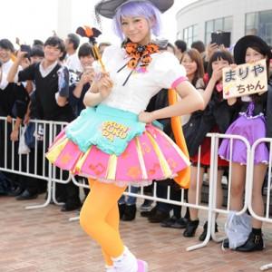 [写真]西内まりやがハロウィン仮装パレードに参加