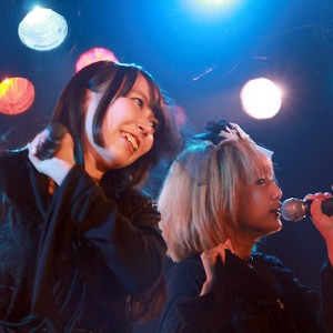 [写真]<AMiE CD発売&二周年記念イベント「For 1」>AMiE