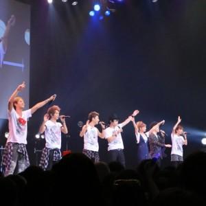 [写真]AAAが10周年ツアー開催を発表