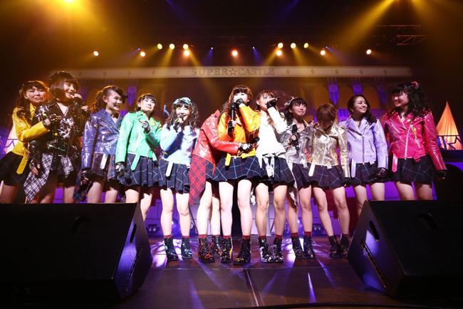 [写真]SUPER☆GiRLSが久々の単独公演で熱演