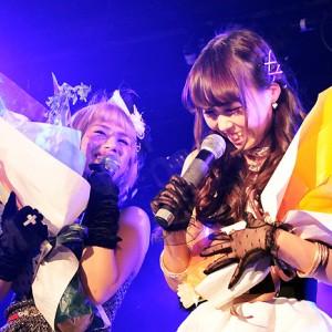 [写真]AMiEが合同生誕イベントで感涙