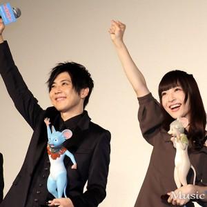 [写真]神田沙也加が梶裕貴と水噴射(2)