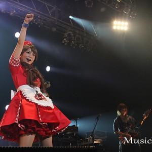 [写真]小林幸子が中川翔子のライブに登場(2)