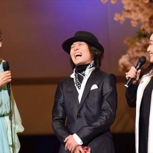 [写真]クミコの子守唄につんく♂涙ぐむ(2)