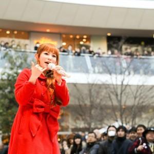 中川翔子がラゾーナ川崎で特別ライブ